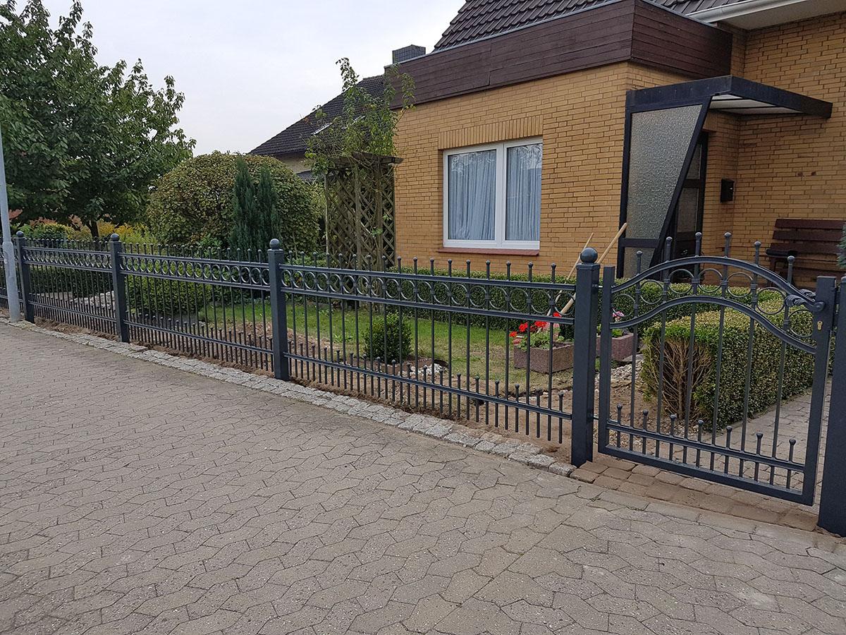 Zaunanlage, Zaun, Stahl feuerverzinkt und pulverbeschichtet, Polen